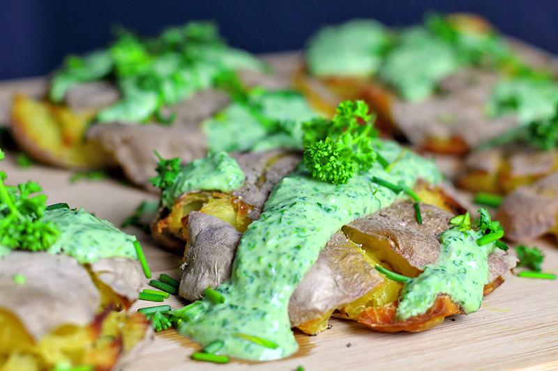 Knusprige Ofenkartoffeln - gestampft und gebacken