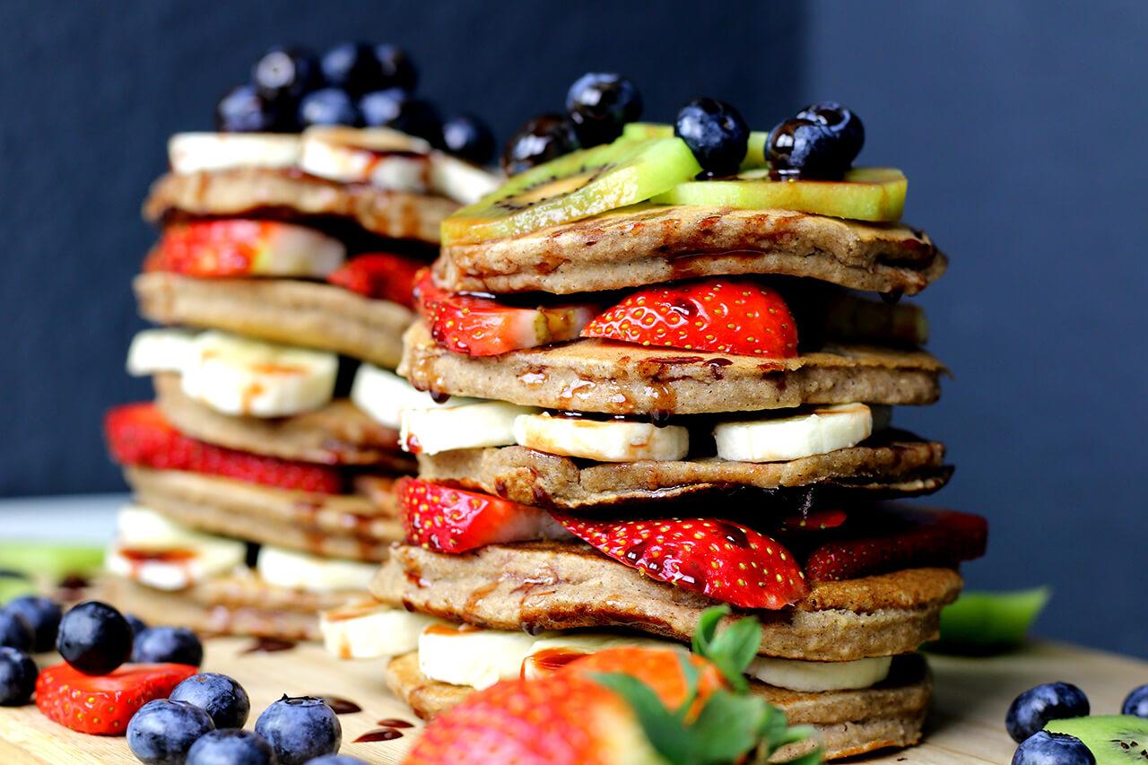 Köstliche vegane Pfannkuchen - zuckerfrei & glutenfrei
