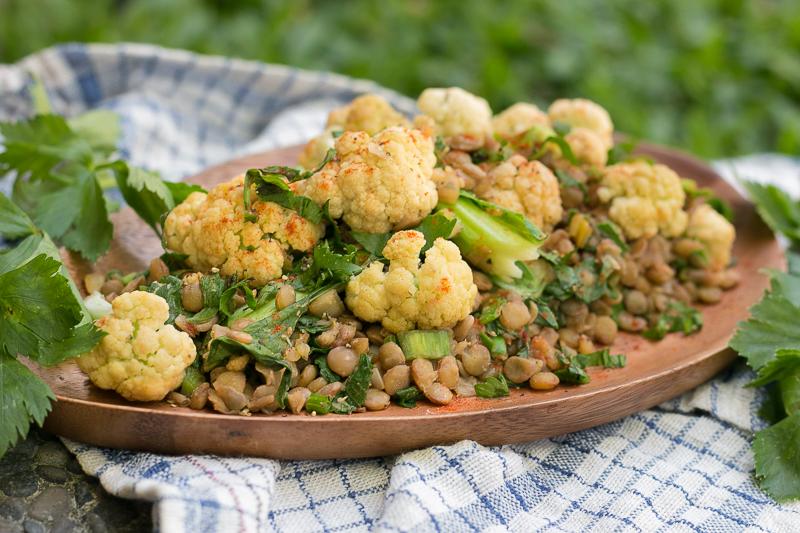 Einfaches Linsensalat Rezept mit Blumenkohl - vegan, lecker & gesund!