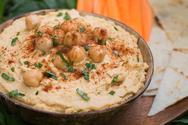 Hummus selber machen: Das einfachste vegane Hummus Rezept! (ölfrei)