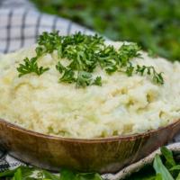 Veganes Blumenkohlpüree - einfach, cremig und super lecker!