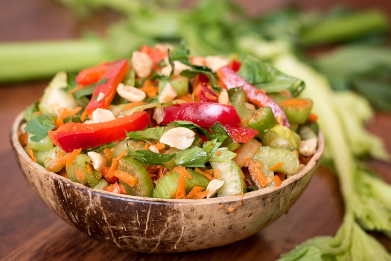 Buntes Selleriesalat Rezept – roh vegan, gesund & lecker