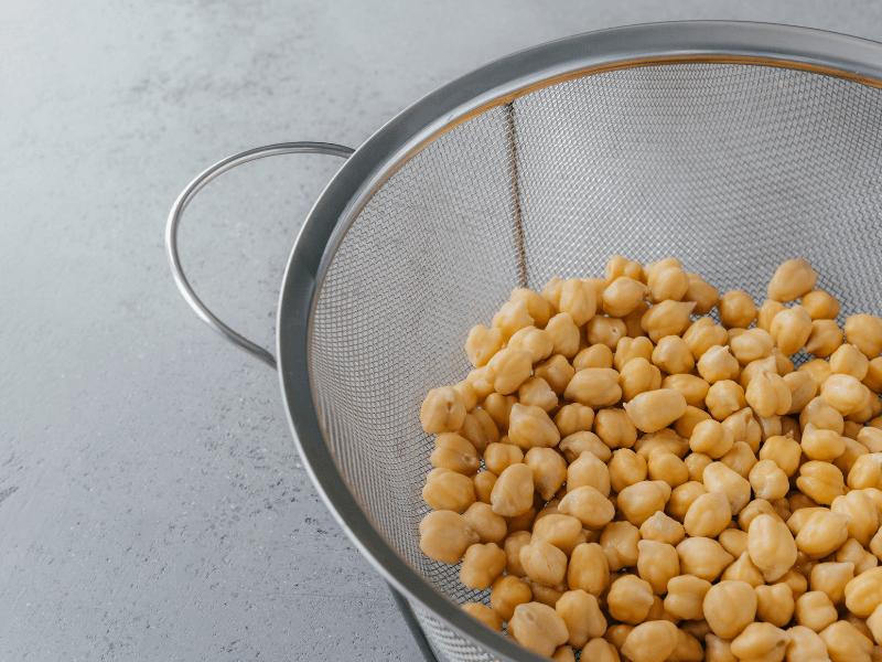 Hülsenfrüchte richtig kochen und Blähungen vermeiden (7 Tipps)