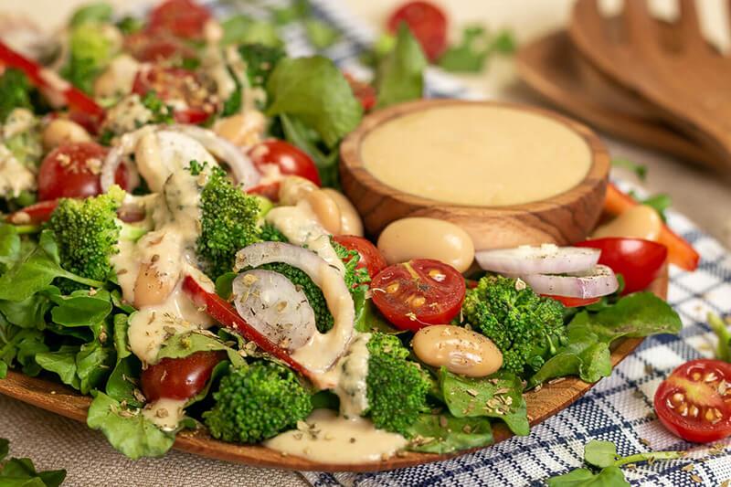Köstlicher Brunnenkresse Salat mit Sesamdressing – einfach, lecker & gesund!