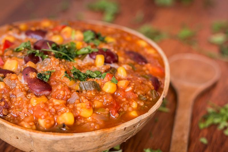 Leckeres Chili sin Carne mit Quinoa - vegan, soja- und glutenfrei